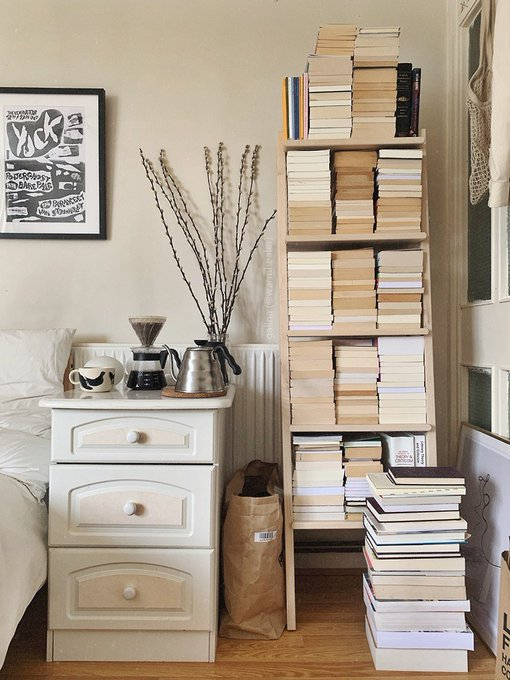 Photo: Chic bookshelves